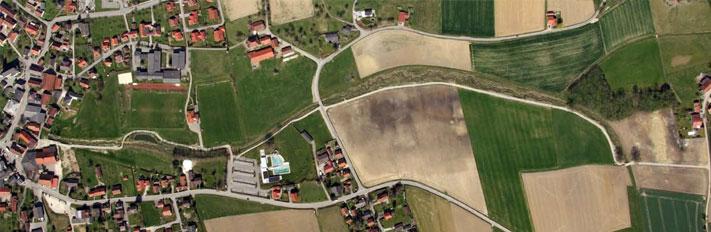 Luftbild nach Renaturierung - Hochwasserschutz Etzelshoferbach